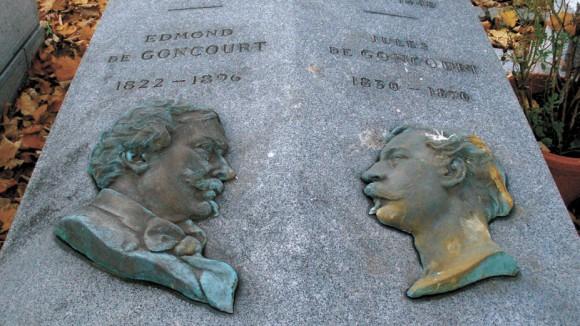 Могила братьев на кладбище Монмартра (www.Flickr.com)