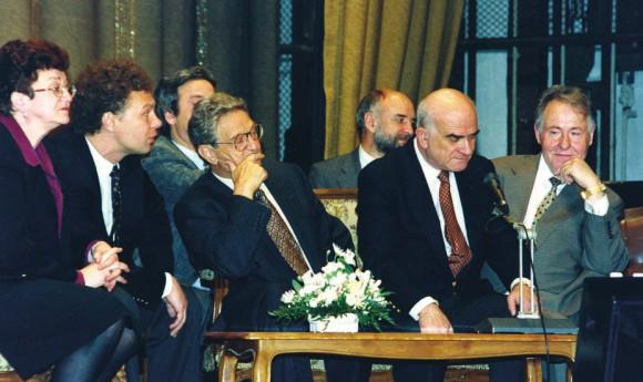 Дж. Сорос, Е. Ясин, В. Сойфер