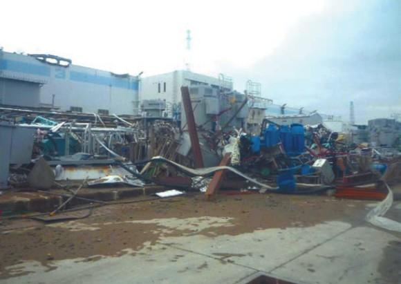 АЭС «Фукусима-1» после аварии. REUTERS/Tokyo Electric Power Co. (TEPCO)/Handout