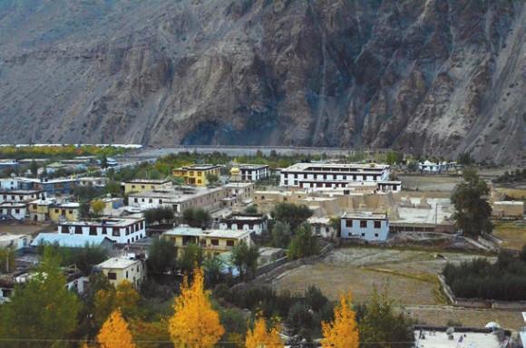 Табо и монастырский комплекс. 5 октября 2011 года. Фото А. Андреева
