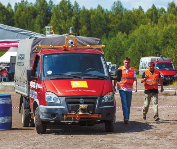 Автономное транспортное средство, созданное в КБ «Аврора» (Рязань) на испытаниях «Робокросс-2015». Фото предоставлено Альбертом Ефимовым