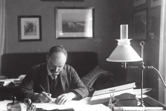 Карл Шварцшильд за работой в потсдамском кабинете