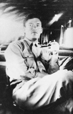 Рядовой Азимов на Гавайях в1946году