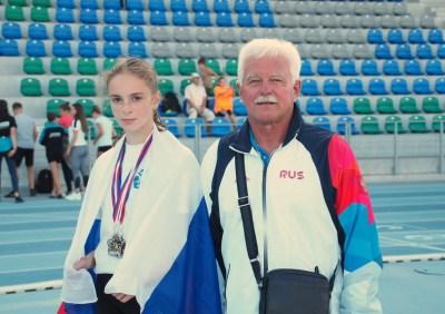 Наша чемпионка и её тренер Владимир Згарбов