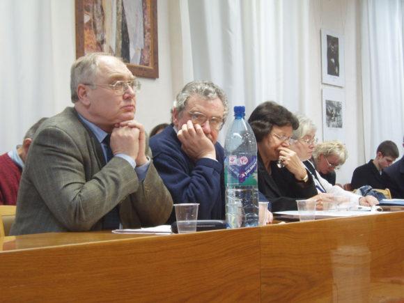 Лев Гудков и Борис Дубин на конференции в Киеве