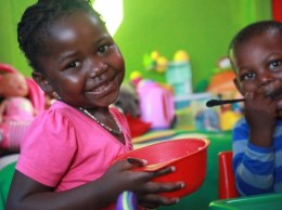 jt46jsahq-Nothing-compares-to-the-happy-little-faces-of-African-children-423x317