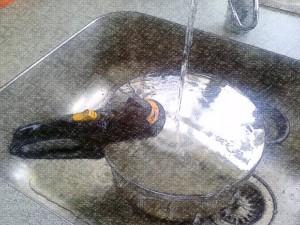 Afkøling under rindende vand.