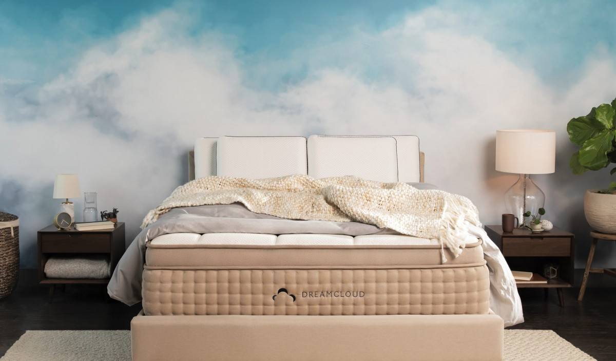Try Any Mattress of Your Choice RISK-FREE @ Home W/ Free Delivery DreamCloud_mattress DreamCloud mattress review ($200 off)