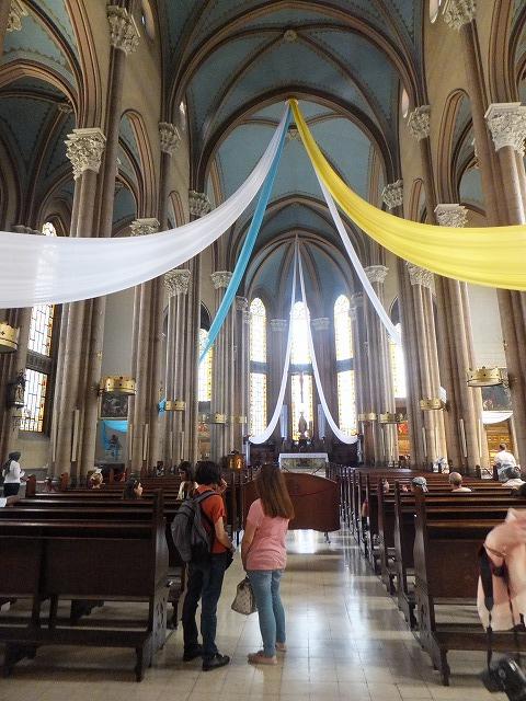 イスタンブールの教会の中