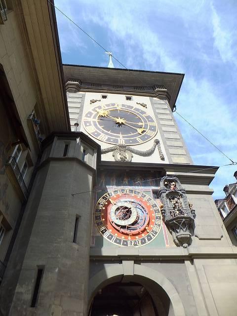 スイス、ベルン旧市街の時計塔
