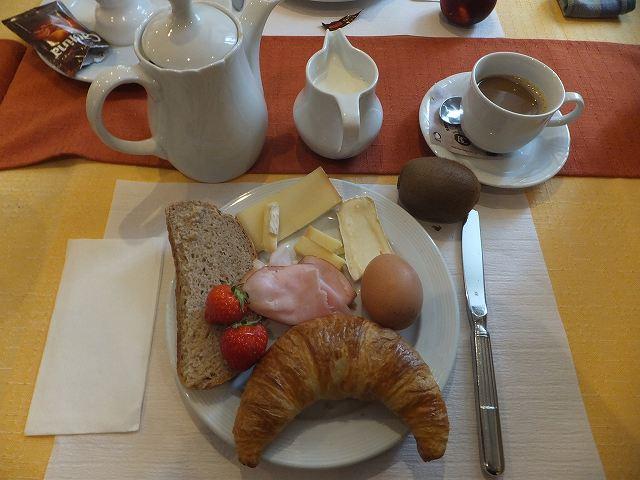 ホテルの朝ご飯:スイス