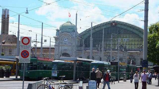 スイスバーゼル駅