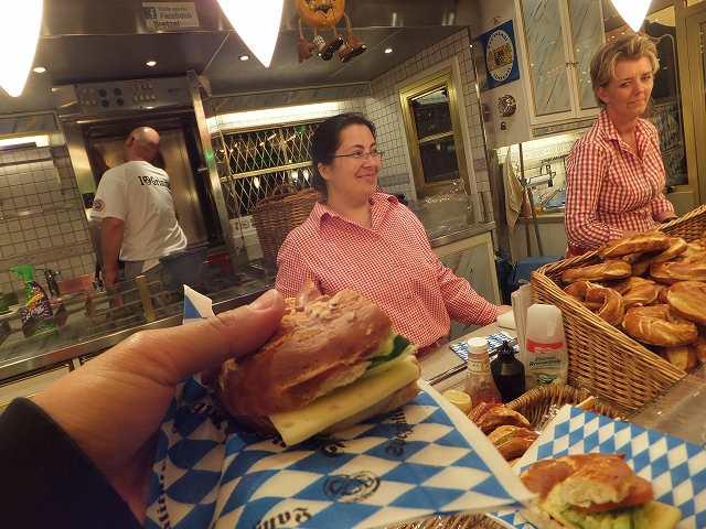 サンドイッチ:ドイツ田舎町のフェスティバル