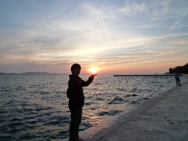 ザダルでの夕日、アドリア海の夕焼け
