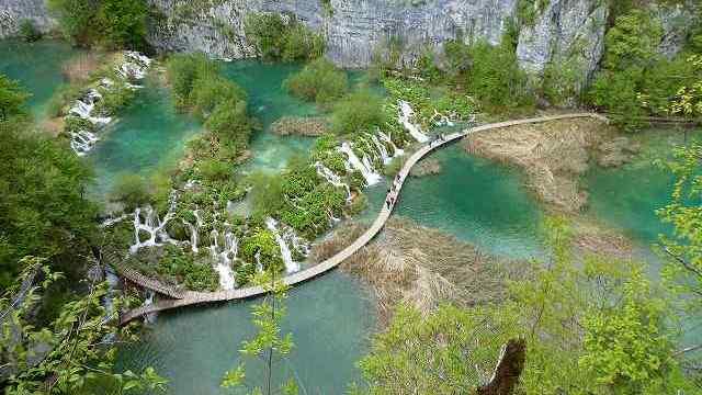 ガイドブックによく映っている写真:プリトヴィツェ国立公園