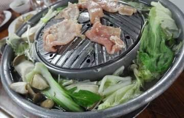 ムーガタ:タイ式焼肉(しゃぶしゃぶ?)