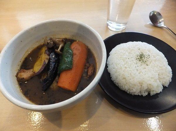 北海道名物:スープカレー:ニセコ住み込み:リゾートバイト体験記