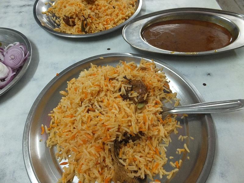 カレーとピラフのセット:インド料理