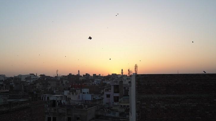 インドバラナシの安宿からの夕焼け