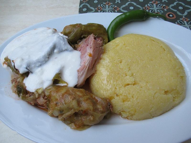ルーマニア料理:サルマーレ:ロールキャベツ