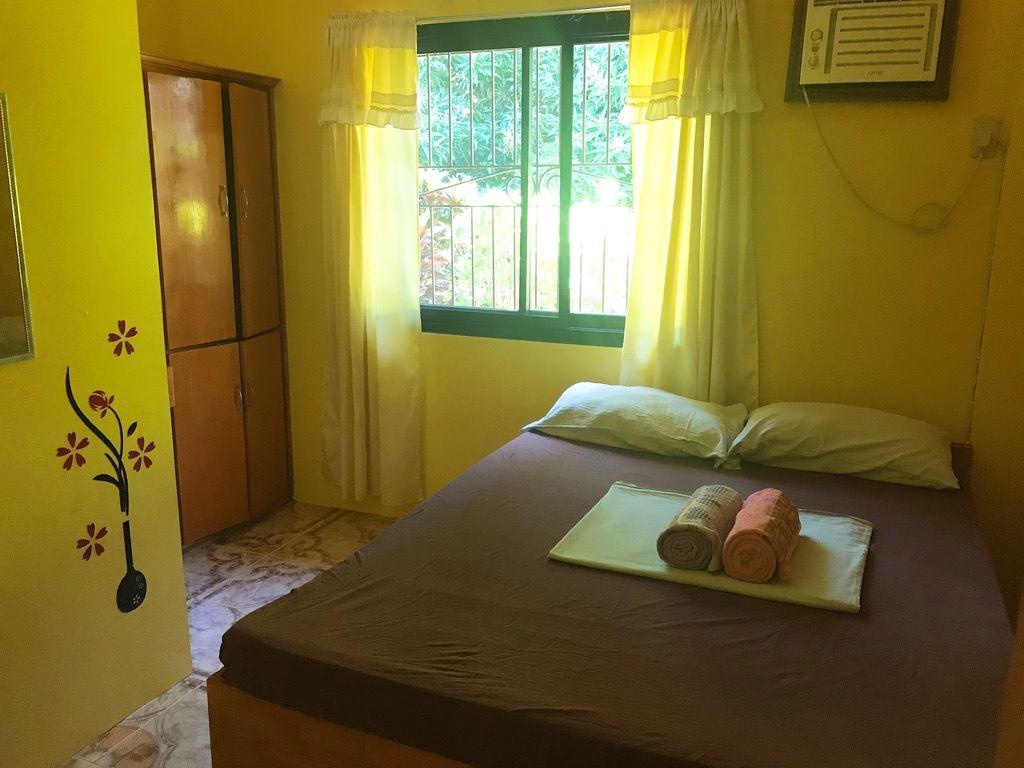 寝室・サバンバンガローハウス