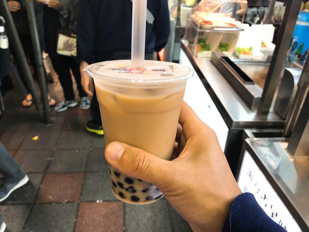 タピオカミルクティーめっちゃ美味しかった!台湾