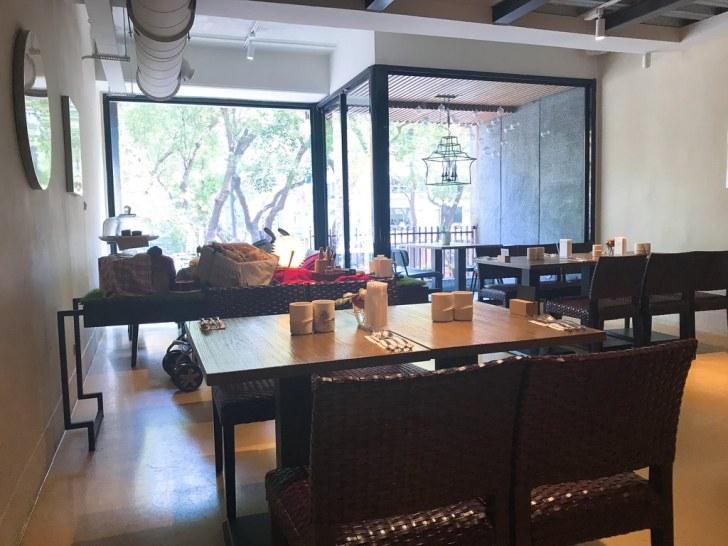 中山のおしゃれなカフェ