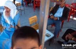 Czekając na transport do granicy z Iranem, Turcja