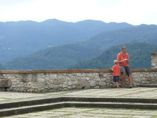 Apa és fia Bled várában
