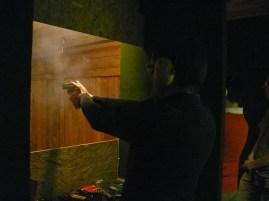 Füstölgő...