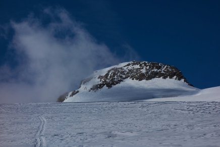 Le plateau sommital et le sommet