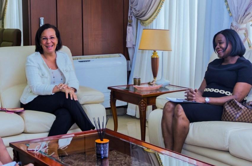 Madeleine BERRE a reçu la représentante de la Banque Mondiale.