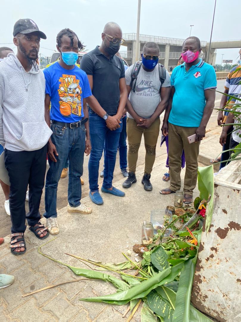 Gabon/Solidarité: Biendi Maganga Moussavou visite la famille de Gildas Iloko