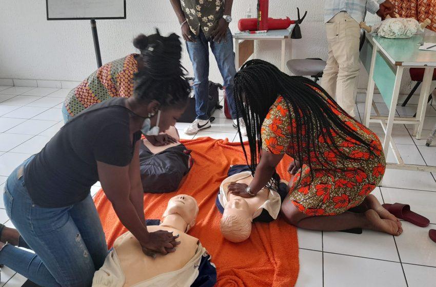 Gabon/Initiatives: l'auto-école LTC offre une formation aux premiers secours à ses élèves