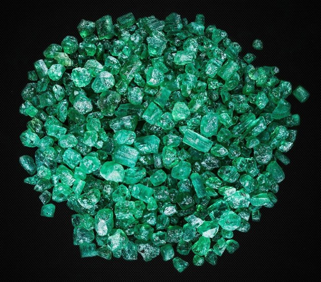 Ural rough emeralds, sizes from 10 to 20 mm