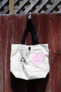 Model: Owl & Heart