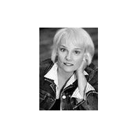 Sally Dunn Headshot