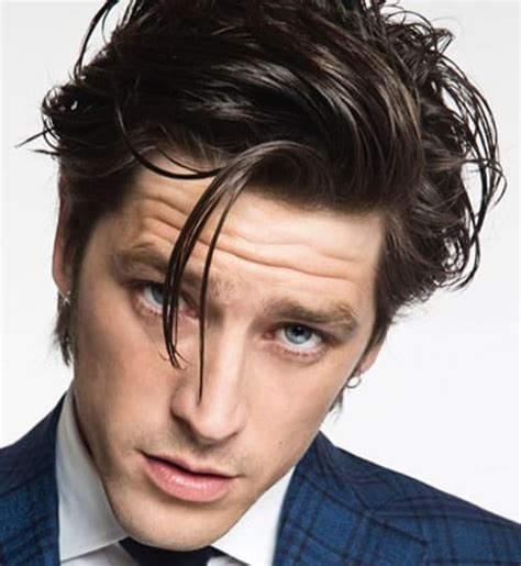 43 medium length hairstyles men men hairstyles haircuts