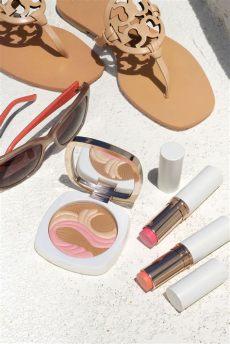 la mer reviews 2018 la mer summer 2018 color collection the bronzing powder lip cheek glows the look book