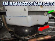 porque mi nevera frigidaire bota agua refrigerador bota agua por abajo recogedor de nevera roto fallaselectronicas