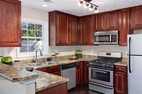 kitchen paint colors cherry cabinets kitchen pinterest paint