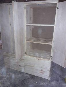 roperos de madera usados ropero de madera maciza con 4 puertas 8 900 00 en mercado libre