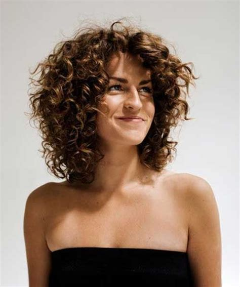 25 short curly hairstyles beeeautiful hair styles thin