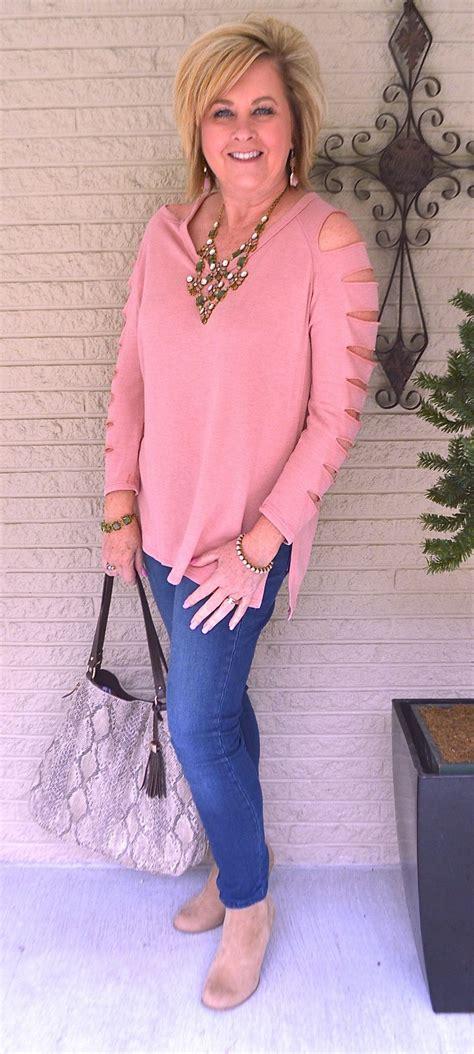 50 comfortable stylish sweatshirt unique details statement necklace