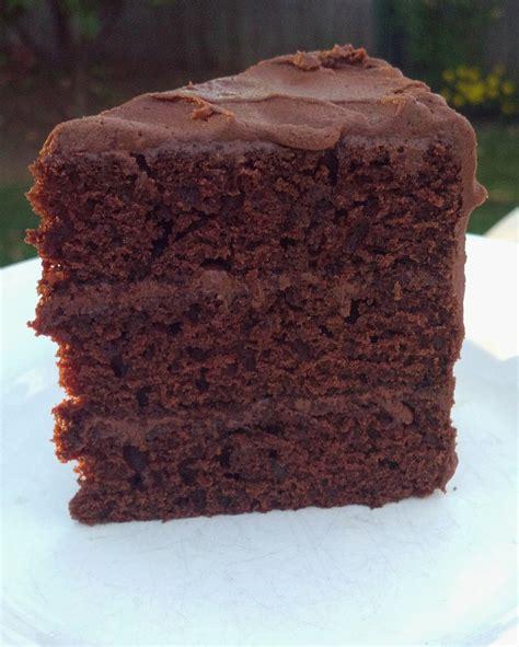baking box simple chocolate layer cake
