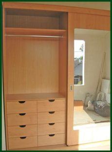 disenos de roperos para dormitorios con espejos puertas de closet con espejo buscar con closet en 2019 closet con espejo puertas