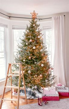 give your tree a flocking this christmas vancouver how to flock a real tree in 15 minutes