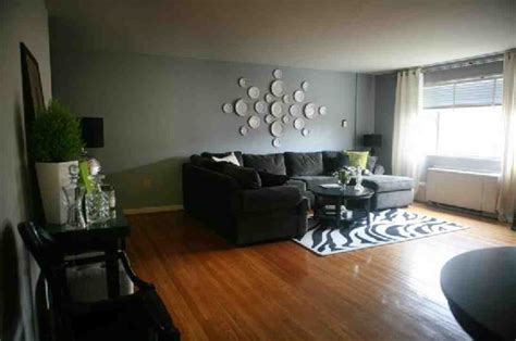 Green And Gray Wall Paint Color Living Room