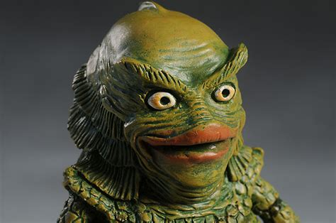 creature monster pals statue pop culture collectible review