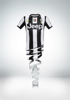 juventus nike kit nike unveils juventus home kit for 2012 13 season nike news